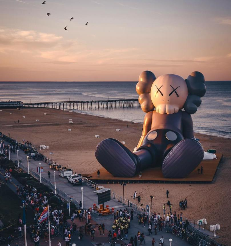KAWS-HOLIDAY-virginia-beach-Collater.al-2