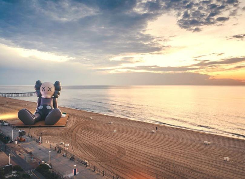 KAWS-HOLIDAY-virginia-beach-Collater.al-3